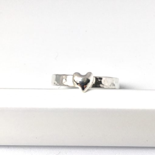 Silver hammered heart ring. Textured silver band ring